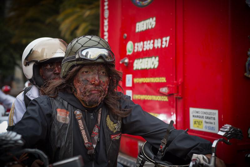 Zombie en moto