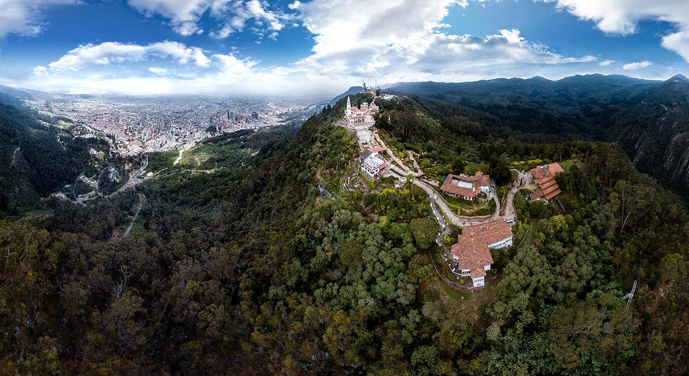 Fotografía aérea de Bogotá